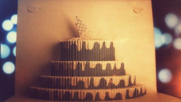 Felicitări 3D fabricate în România. 3D cake with icecream on top. Yummy!