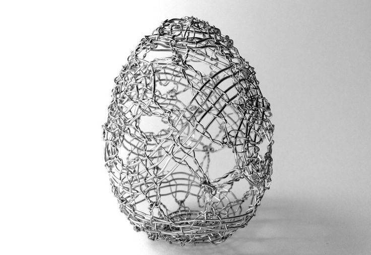 Beautiful contemporary bobbin lace egg