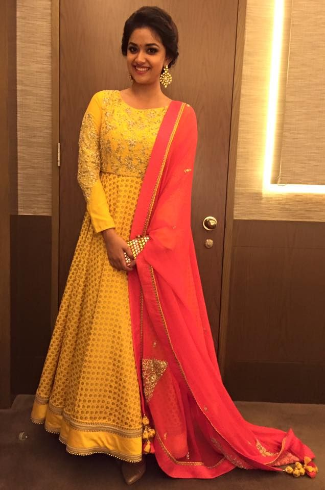Keerthy Suresh Latest Stills. Keerthy Suresh's upcoming commerical film which is a romantic-comedy again paired with Sivakarthikeyan is REMO. | Keerthi Suresh: WoodsDeck