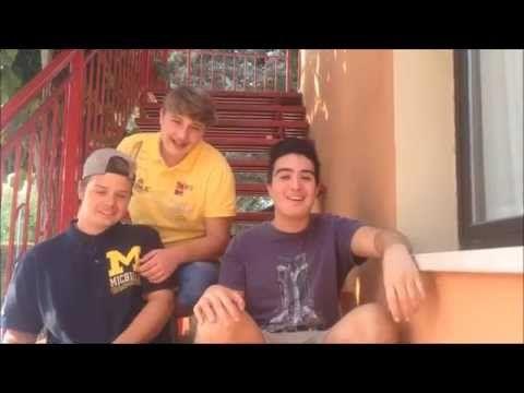 Video informatico realizzato con Andrea Fainelli e Patrick dal Dosso Dove presentiamo simpaticamente dove siamo stati durante le vacanze estive