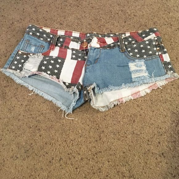 America USA shorts Red white and blue shorts super cute ! NEVER WORN. Shorts Jean Shorts