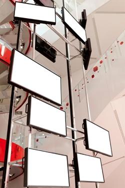 InfoComm: Digital Signage Bandwagon: Room for the AV Pro?