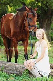 Znalezione obrazy dla zapytania pose with horse