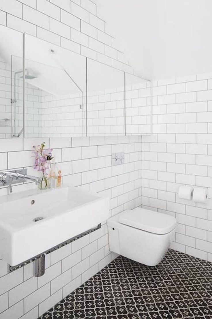Tadelakt bathroom made by amel kadic - Bathroom Subway Tile Bathroom Walls Clean Black And White Bathroom With Subway Tile Bathroom For The Walls And Vaulted Ceiling With Floating Toilet And