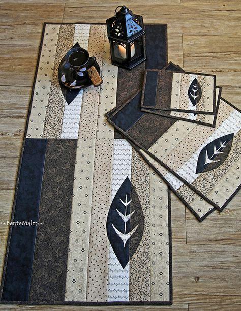 Nice design. No tutorial. Kaffepause by ~BenteMalm~ Quilte-Design, via Flickr So simple, yet elegant!