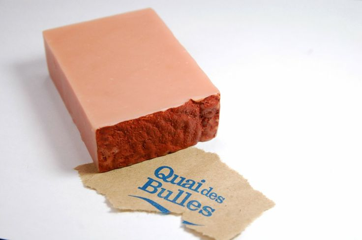 Quai des Bulles pink clay soap review! An artisan soapmaker from Quebec.