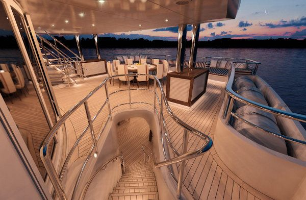 Red Square Luxury Yacht