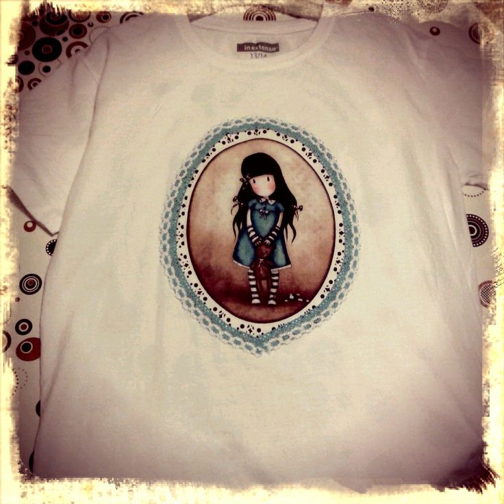 En ejemplo de uso de las telas Gorjuss http://bit.ly/1qm5CnG para customizar una camiseta #diy #handmade #gorjuss