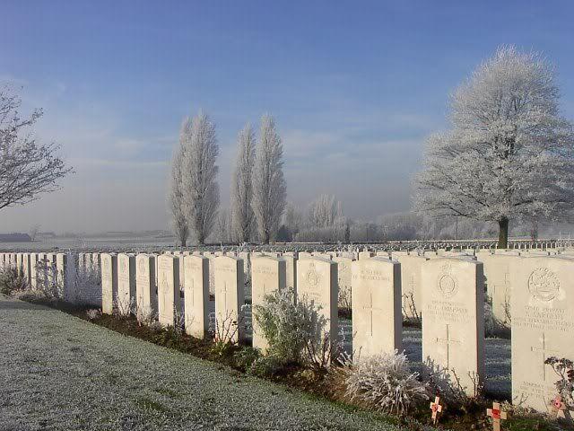 Forum Eerste Wereldoorlog :: Bekijk onderwerp - [Begraafplaats] Belgie - Commonwealth - Tyne Cot