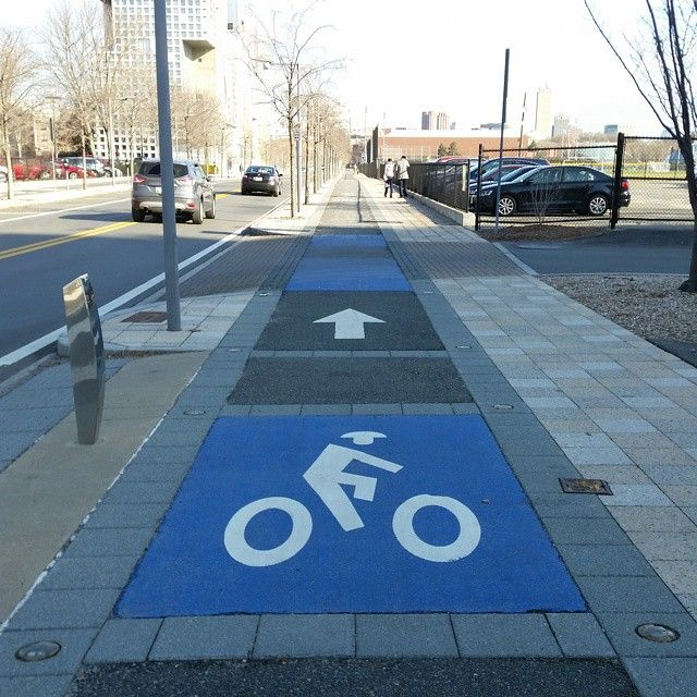 Sidewalk bike lane in Cambridge, MA, USA. Click to tweet via @copenhagenizer and visit the slowottawa.ca boards >>  http://www.pinterest.com/slowottawa/