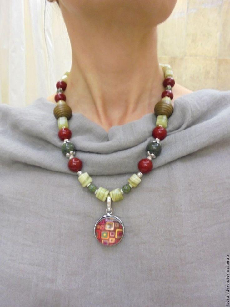 """Купить Колье и серьги """" Калина"""" - комбинированный, красно-зеленый, зелено-красный, комплект украшений"""