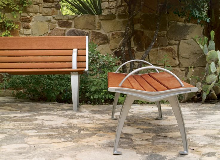 Austin Bench #landscapeforms #outdoorfurniture #sitefurniture #architect  #bench
