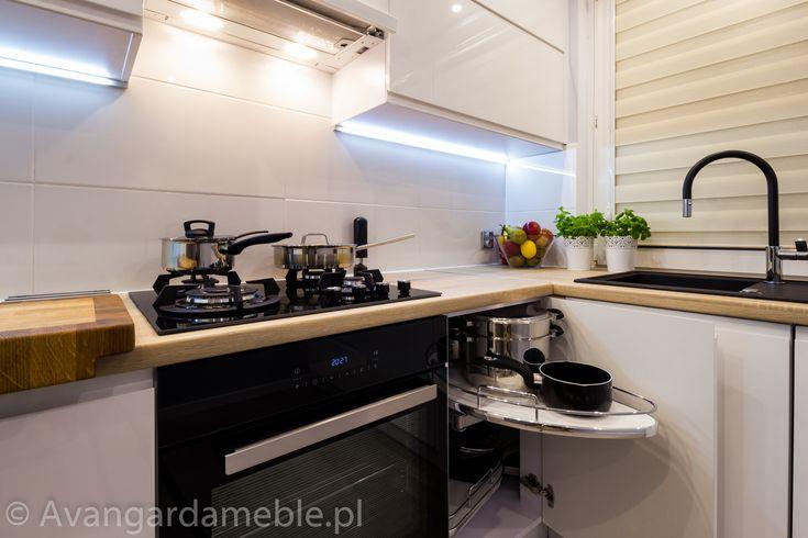 Kuchnia na wymiar w koszalinie, nowoczesne wnętrze. - Meble na wymiar Avangarda…