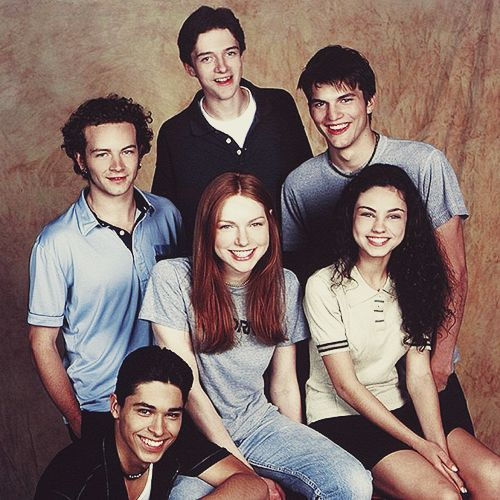 First photo shoot for That 70's Show circa '98   they are all so attractive I WANNA BE U