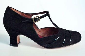 Opera – Re-mix Vintage Shoes