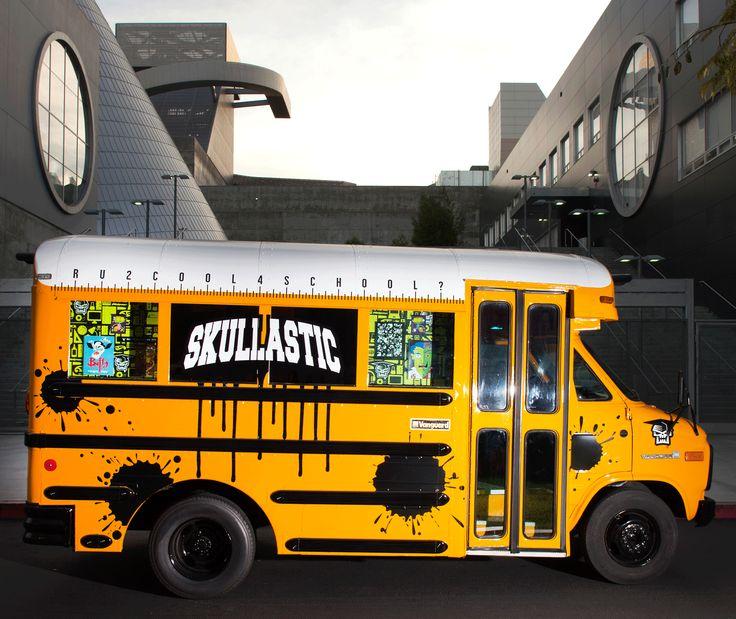 Cool Bus: Mobile Shop, Retail