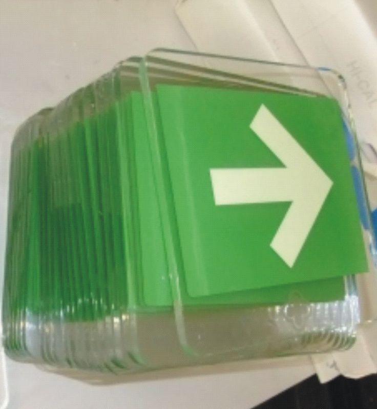 ruta de evacuacion acrilico