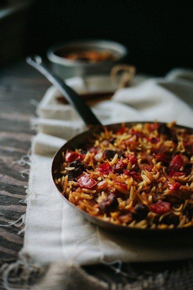 Gebratenes Lamm mit Orzo-Nudeln | 26 unfassbar gute Nudelgerichte aus dem Ofen, die Dich wärmen werden