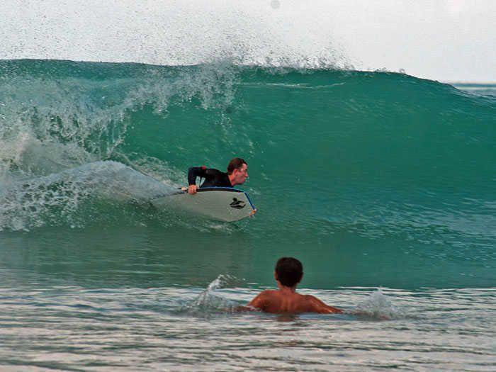Learn To Ride A Bodyboard Bodyboarding And Boogie Board Maneuvres Bodyboarding Surfing Boogie Boards