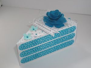 10 besten tortenst cke bilder auf pinterest karton boxen und papierkuchen. Black Bedroom Furniture Sets. Home Design Ideas