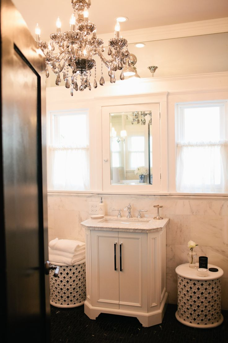 Craftsman homes for american dream builders fans zillow blog - Red Team S Lowe S Fantasy Bathroom Dreambuilders