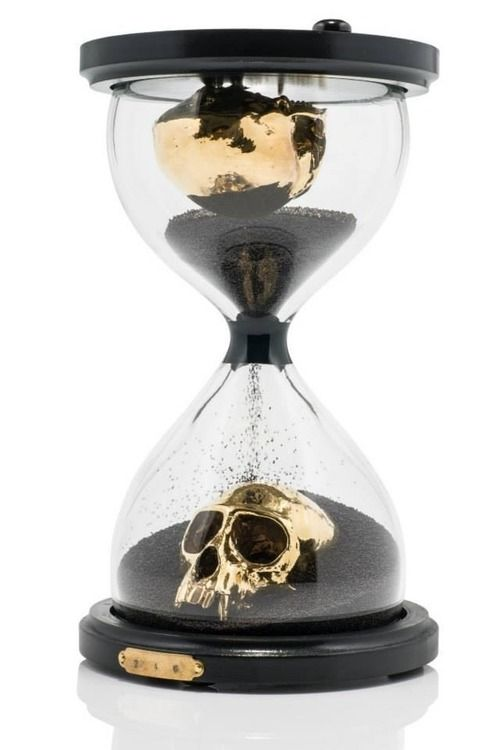 Hour Glass Series: Skulls include wildcat, crow, vulture and vervet. The viewer can turn the hourglass and watch as the golden skull is slowly consumed by the black sand, adding a Momento Mori element. Each one-of-a-kind piece is names the amount of time