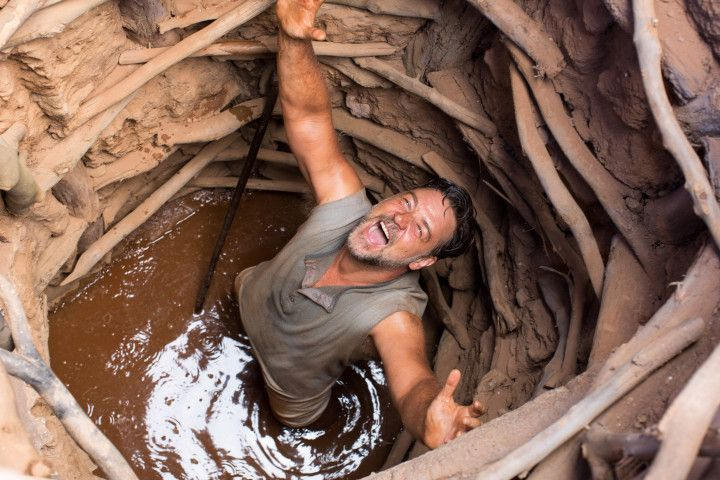 Russell Crowe makes a splash with 'The WaterDiviner'