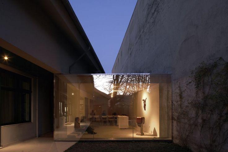 Capela Creu by Nuno Valentim Arquitectura.