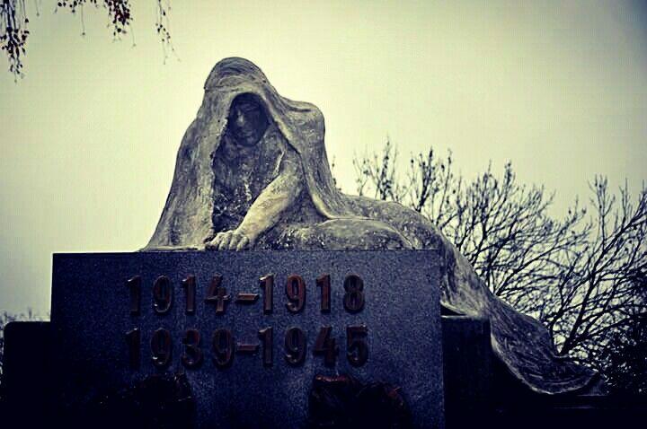 #worldwar #monument #pieta #czech