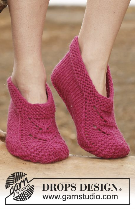 "February is #Sockalicious! Knitted DROPS slippers in ""Big Fabel"". ~ #DROPSDesign #Garnstudio"