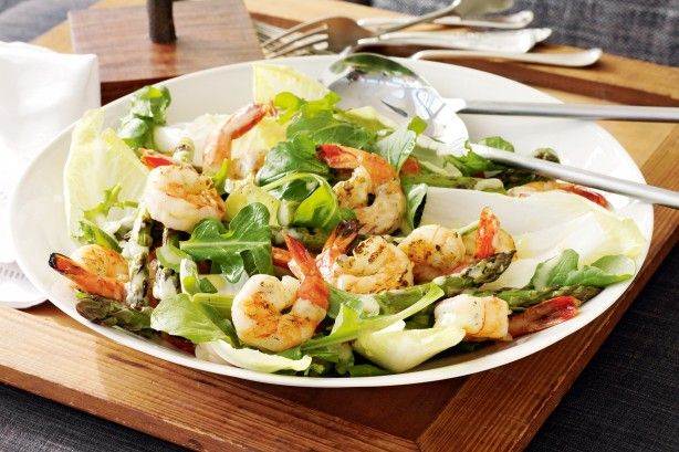 Prawn and asparagus salad with lemon dressing main image