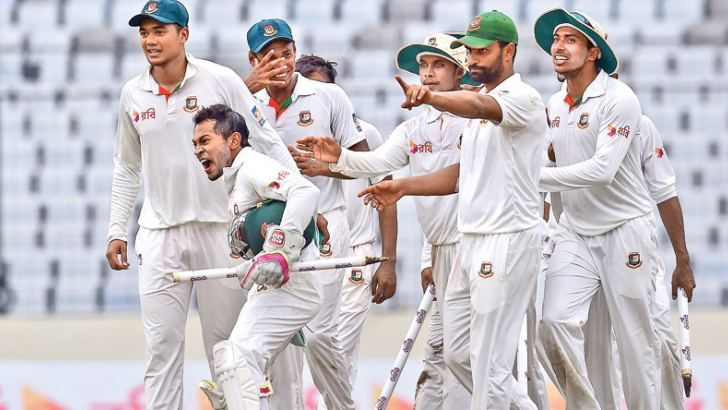 Bangladeshi cricket captain Mushfiqur Rahim (2nd L) celebrates after winning the first Test cricket match against Australia at the Sher-e-Bangla National Cricket Stadium in Dhaka on August 30.  AFP