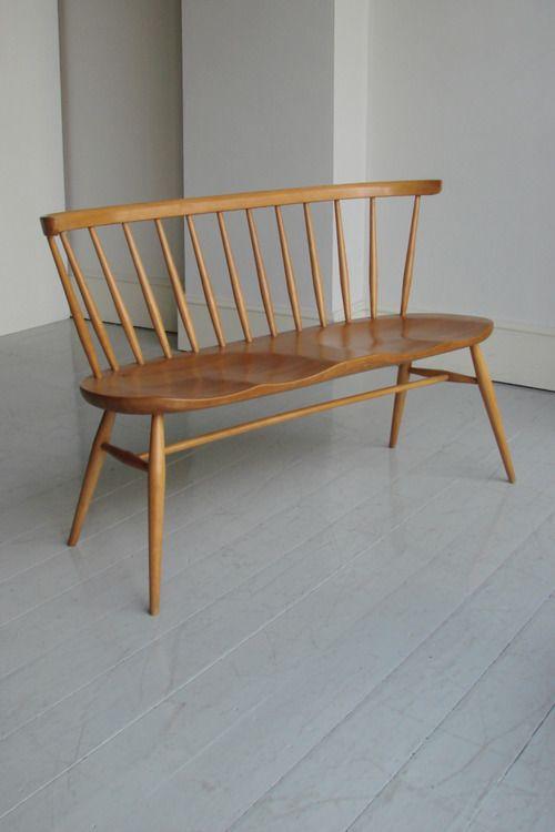 bench, grey floor