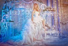 Свадьба в Астрахани: Фотосессия невесты. Новогодняя фотозона Снежная королева...