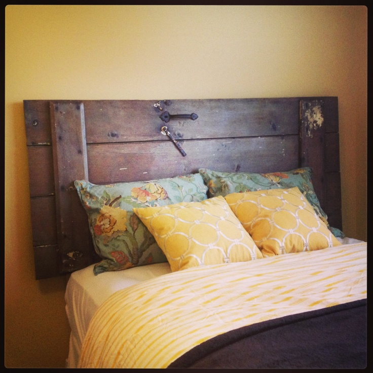 Diy barn door headboard hunting camp pinterest barn door headboards diy barn door and - Boys basement bedroom ...