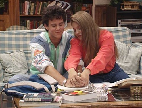 The Neighbors: Candace Cameron Bure and Scott Weinger to Guest Star