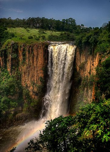 The impressive Howick Falls in the twon of Howick, KZN, Midlands Meander, South Africa. Waterfalls are wonderful! www.midlandsmeander.co.za