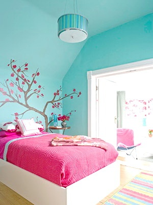 I love the color teal! Minus the little pink bed, add a queen bed and everything in cream. So pretty!