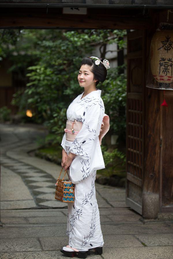 In front of Masuume ochaya