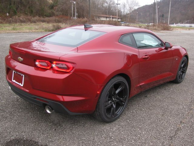 pin by riverview chevrolet on 2019 chevrolet camaro lt garnet red tintcoat chevrolet camaro chevrolet camaro pinterest