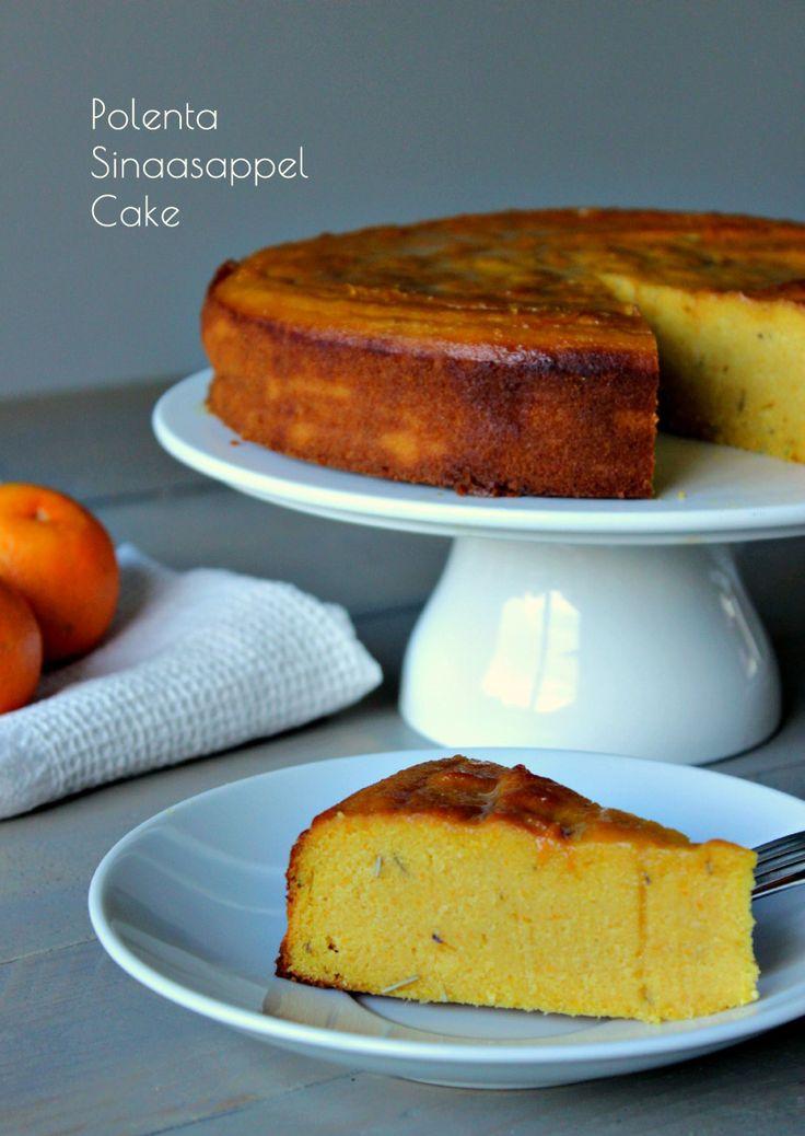Deze sappige en malse glutenvrije polenta sinaasappel cake ruikt goddelijk en smaakt heerlijk! #glutenvrij #sinaasappel #pie #recept #SweetLittleParty