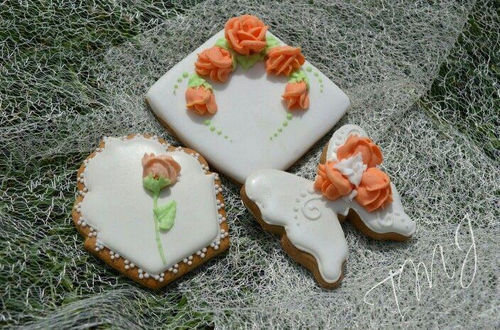 Spring orange roses gingerbread. Narancssárga rózsa tavaszi mézeskalács.