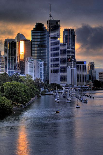 ♥ Brisbane ~ Watching the sun come up over our city