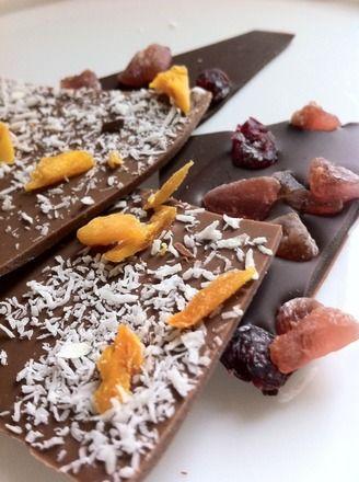 Eclats de Chocolat : Lait Noix de Coco/Mangue Noir Cramberries/Fraises
