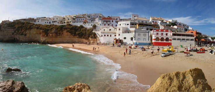 Trendul verii 2016 este reprezentat de plajele pe care te poti distra fara a te simti stresat de navala unor grupuri masive de turisti, iar un astfel de concediu estival promite sa iti incarce din plin bateriile.