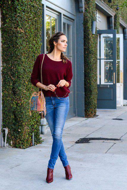 look-inverno-moda-donna-2015-skinny-jeans-maglione-bordeaux