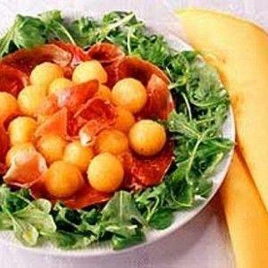Итальянский салат с дыней