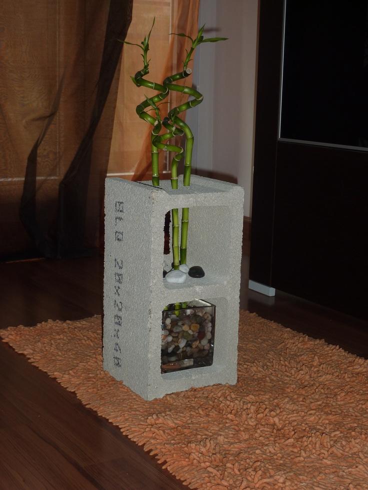 Bloque de hormigon con bambu rizado