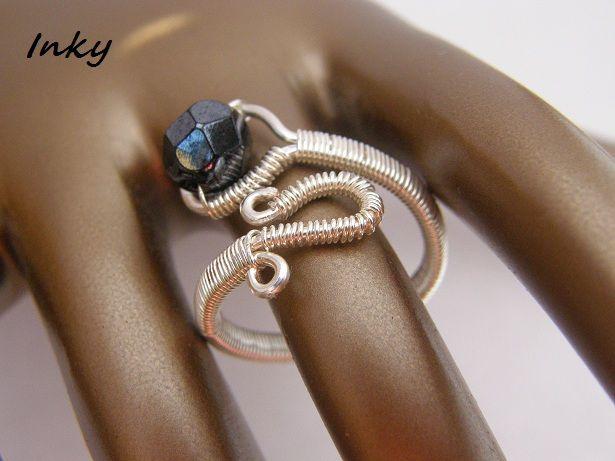 Inky ékszerei: Az elözőhöz hasonló drót gyűrű