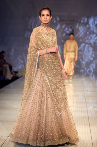 #3985. Tarun Tahiliani designer lehengha